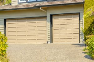 garage door maintenance checklist